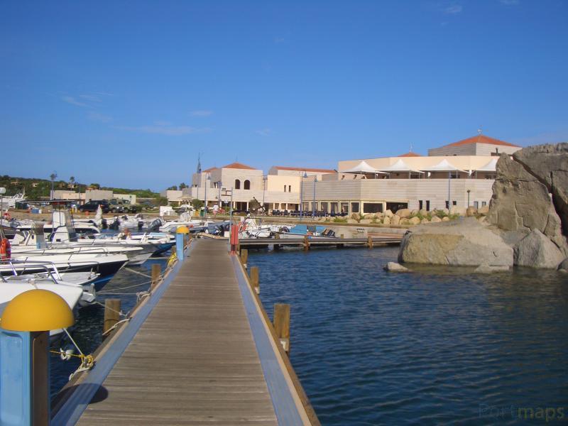 Villasimius - Marina di Villasimius / Sardinien